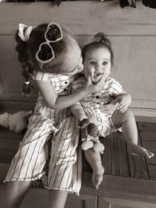 tasty oven children hugging