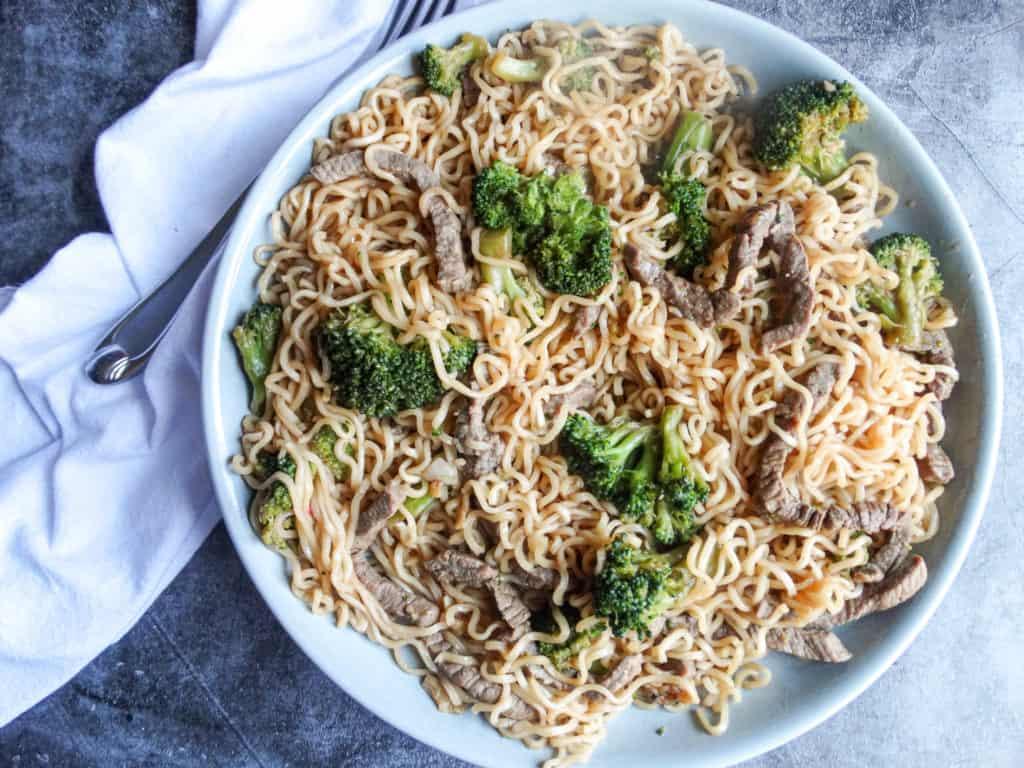 beef broccoli ramen noodle bowl