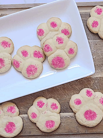 punny paw shaped cookies for Easter