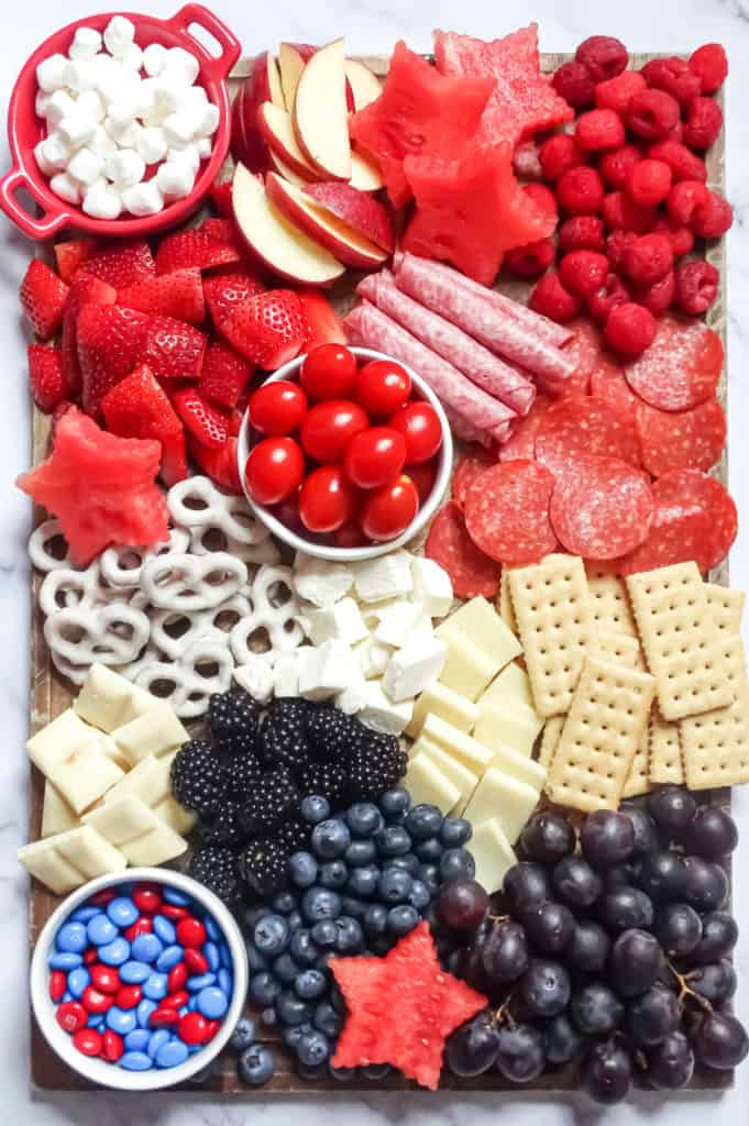 How To Make A Red White And Blue Kids Charcuterie Board