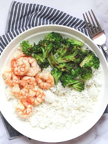 garlic lime shrimp, rice, and broccoli bowl