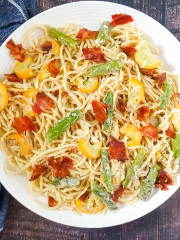 double vegetable pasta with parmesan sauce