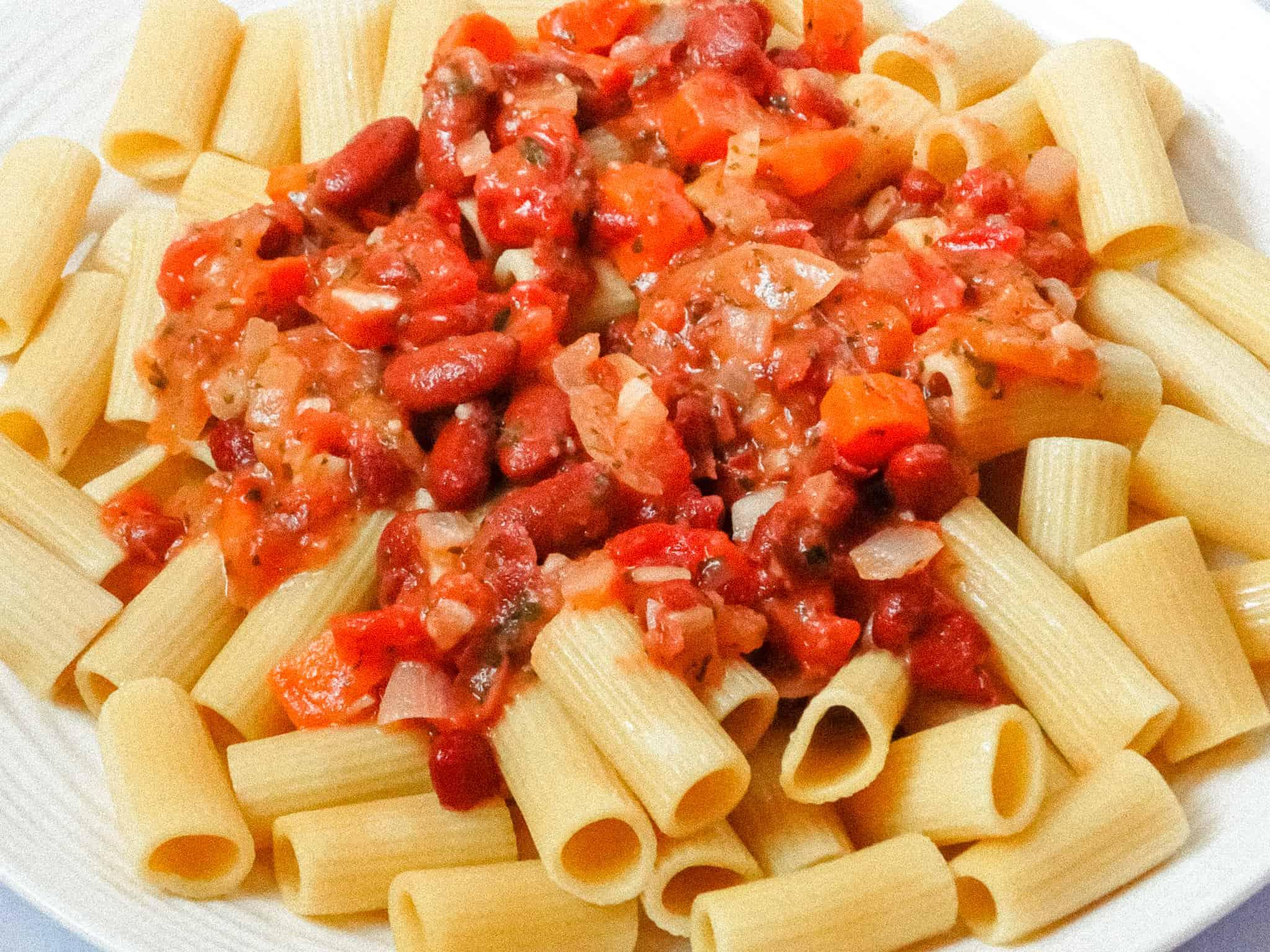 vegetarian bolognese sauce and rigatoni pasta
