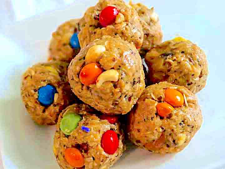 trail mix energy balls with a white background