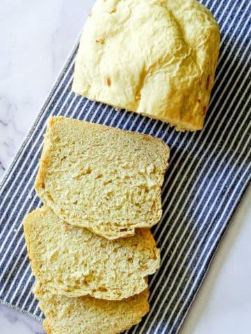 sliced bread machine garlic bread
