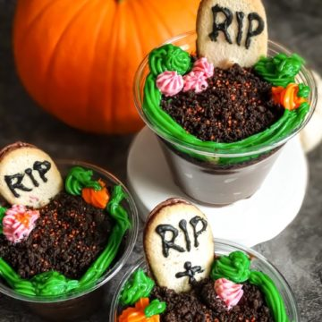 Halloween graveyard pudding cups