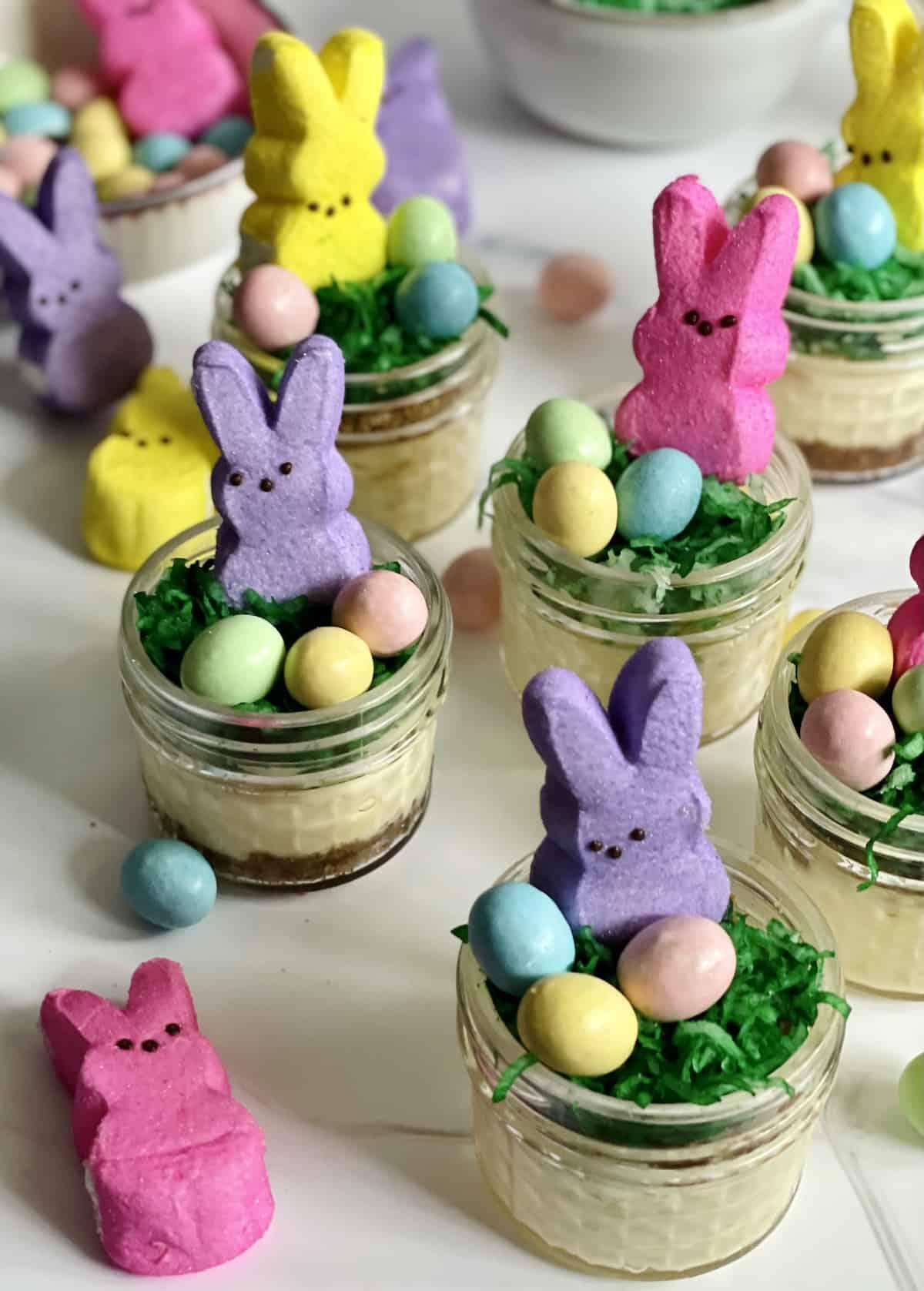 mini Easter cheesecakes in mason jars