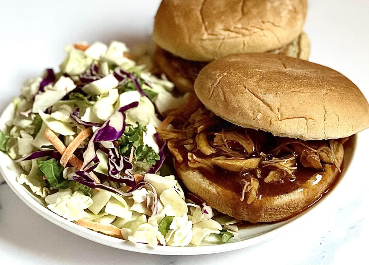 Instant Pot bbq chicken sandwich