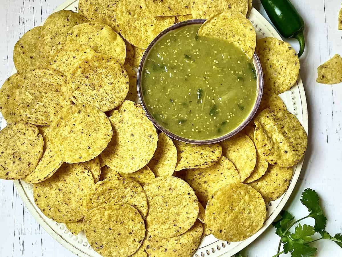 instant pot salsa verde with chips